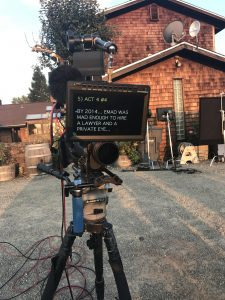 Above the lens teleprompter outdoors